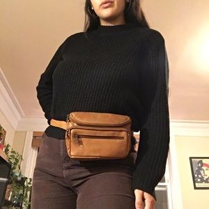 Handbags - Vintage Light Brown Leather Fanny Pack